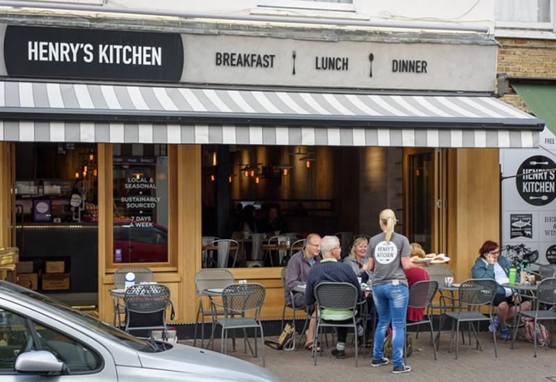 Henrys-Kitchen-Surrey.jpg