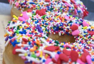 sprinkle-doughnuts-1329194 crop