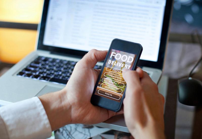Online-Food-Delivery-market crop