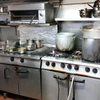 commercial-kitchen-gas-cookline crop
