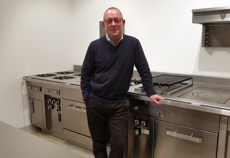 andy-wood-tag-catering-equipment crop