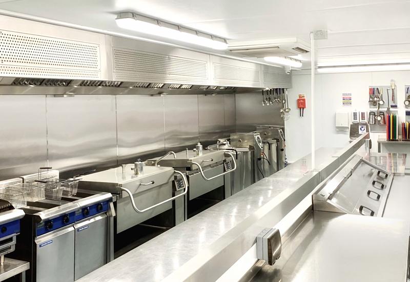 Harlow kitchen 07.20 crop