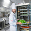 FlexiCombi_chef_kitchen setting crop