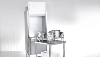 A UF utensil washer with rack dolly crop