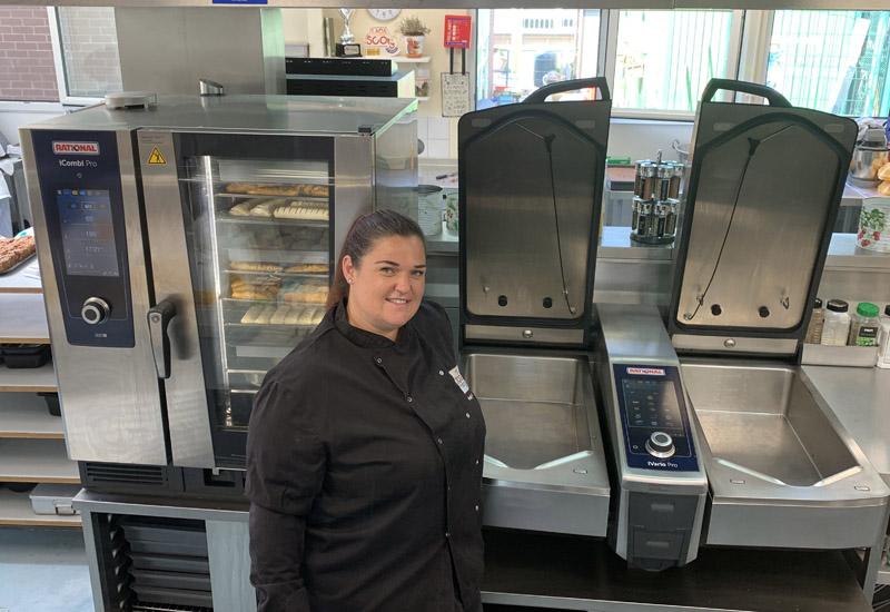 Woodland Primary School Head chef Holly Charnock crop